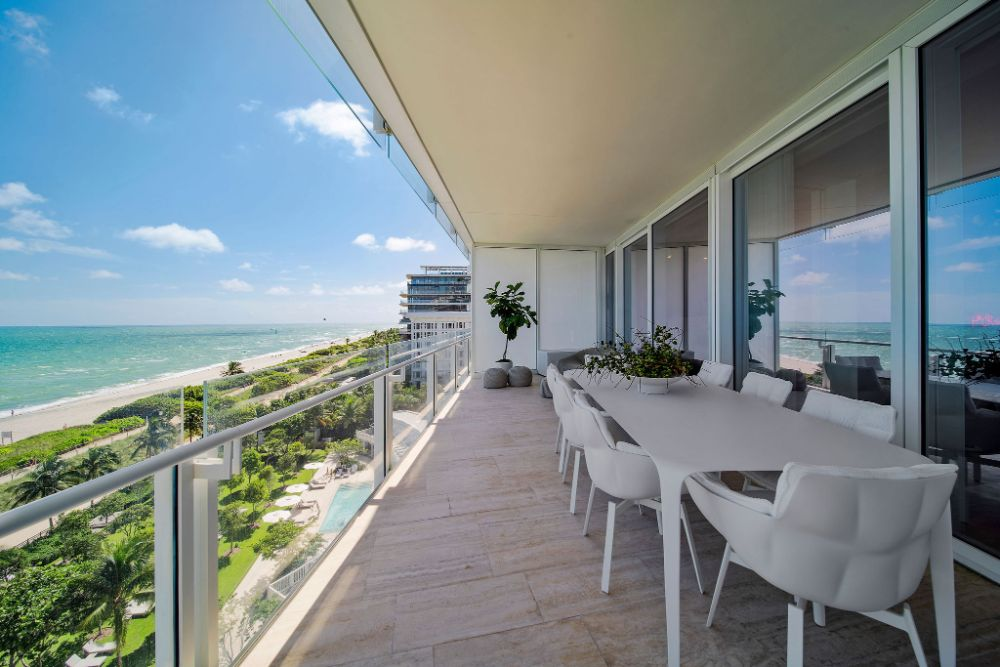 Surf Club Residence Suite 709